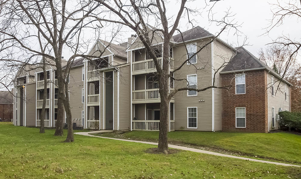 Exterior Of Apartments at The Commons