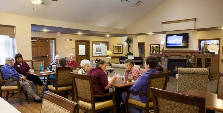 Activities to keeping residents active and engaged at Glen Carr House Memory Care