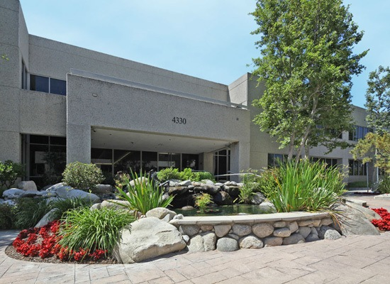 Barker Pacific Group manages Westlake Spectrum apartments