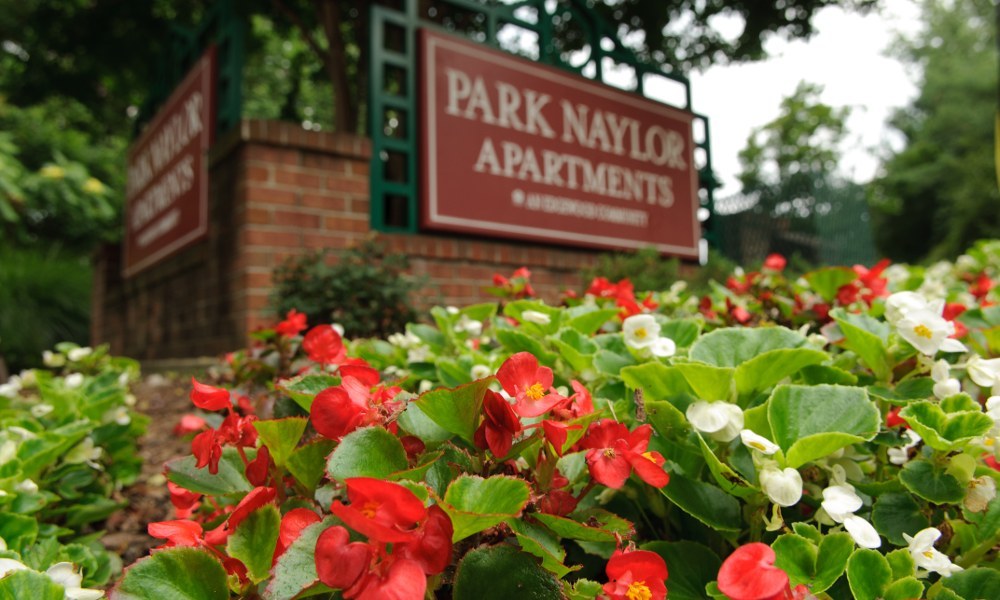 Welcome to Park Naylor Apartments in Washington
