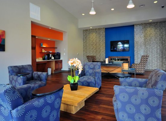 Well decorated spaces at Washington Apartments