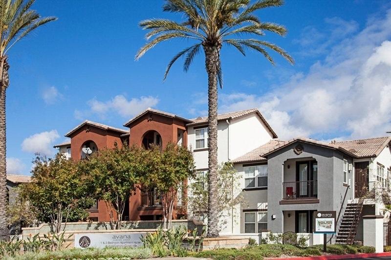 Exterior of Vista Imperio Apartments