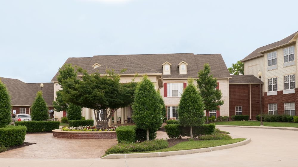 Exterior view of Creekside At Three Rivers Assisted Living in Murfreesboro