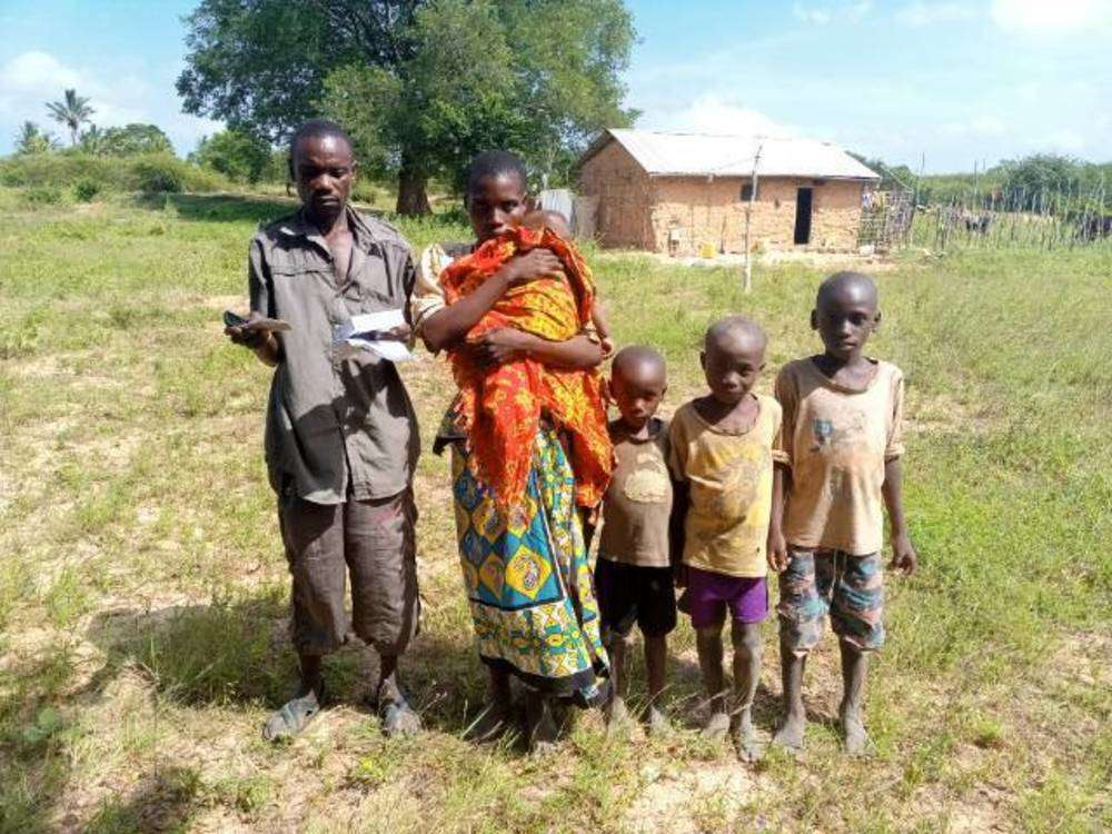 Fikiri's family