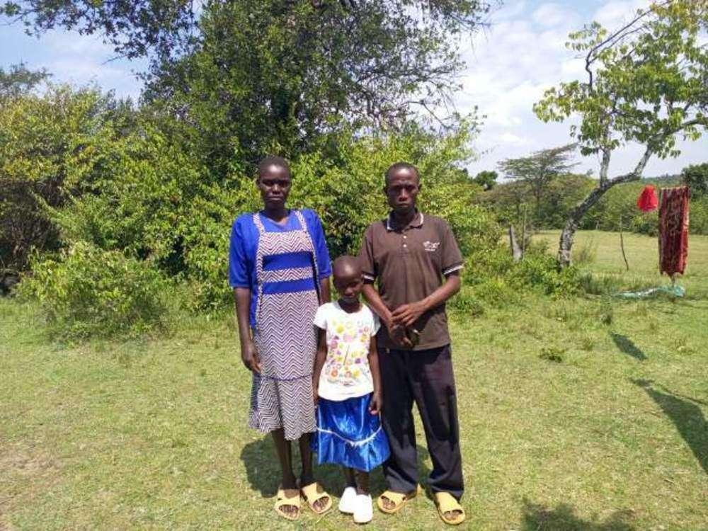 Naomy's family