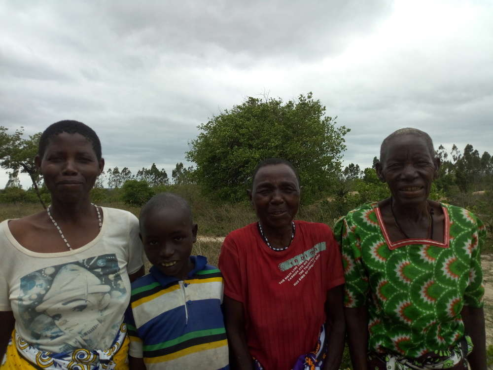 Kabibi's family