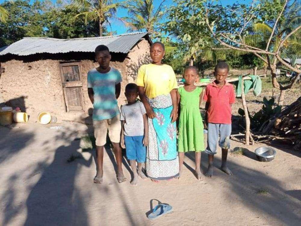 Mejumaa's family