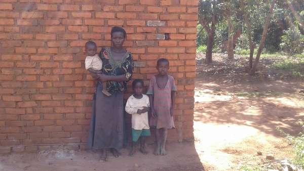 Kawudha's family