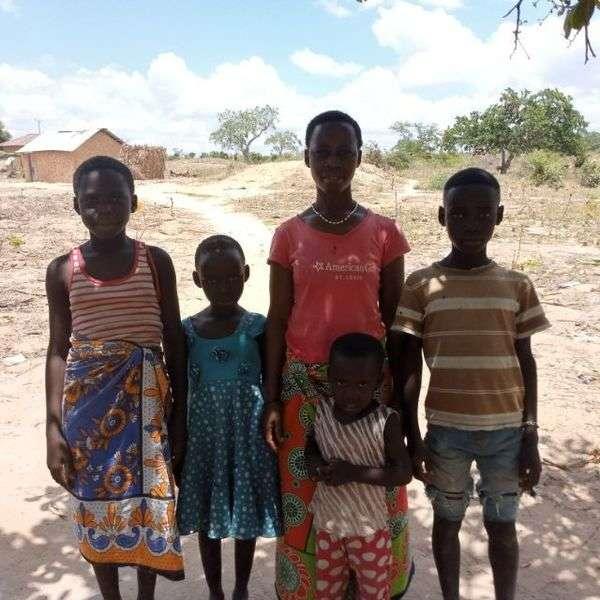 Kashutu's family