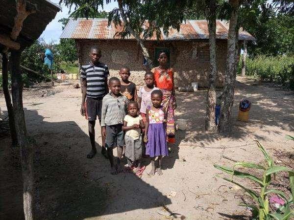 Saumu's family