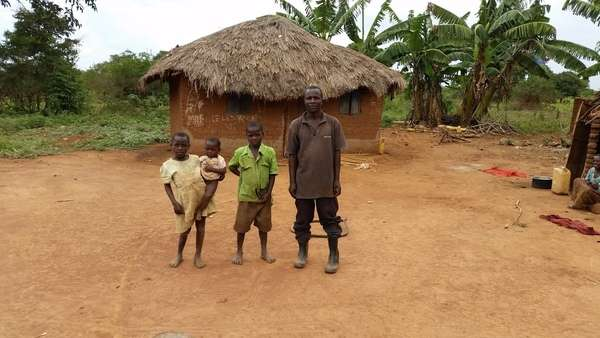 Latiifu's family