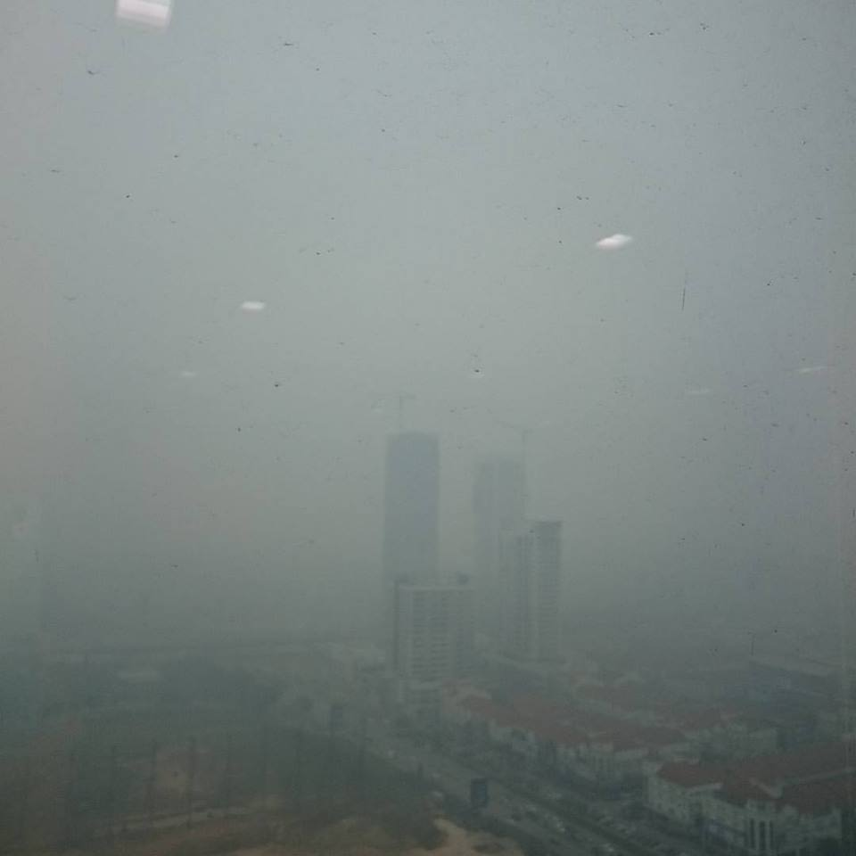 Haze in Kuala Lumpur, Malaysia caused by Indonesia forest fires. Image 6A. Image size:560x420px