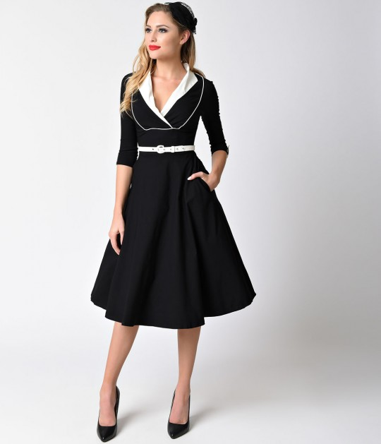 78cf03017284 A sleek A-line swing skirt with functional side pockets falls to knee  length, while a stylish ivory buckle belt can be adjusted to fit your  silhouette.