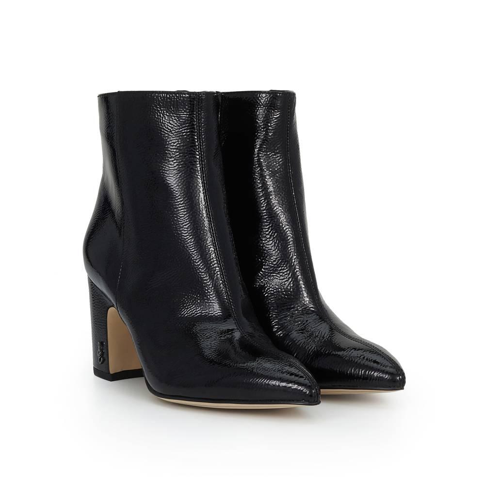 b95553fb12af30 Julia Ellsbury s List - Shoes on Giftster