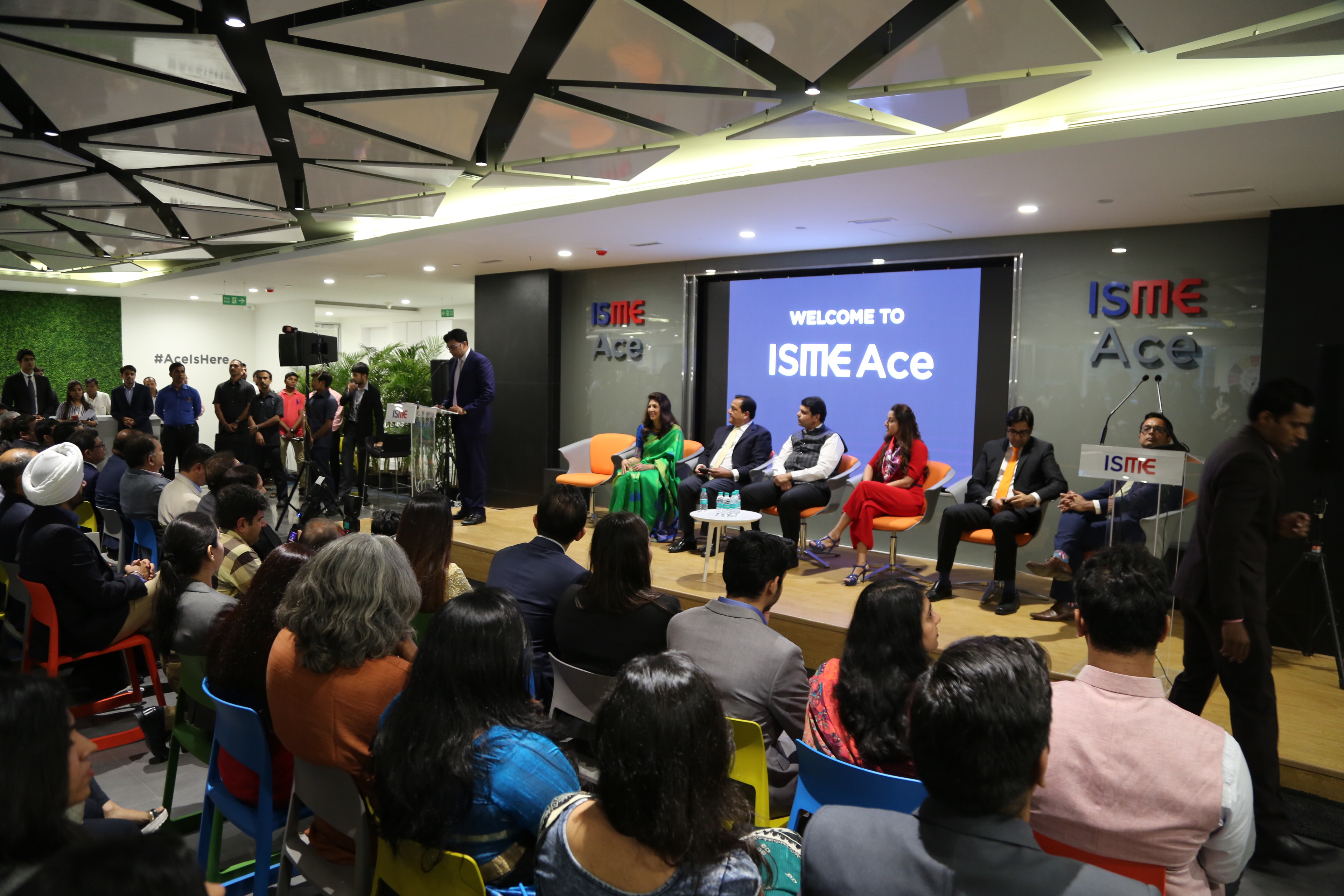ISME ACE – India's Largest FinTech Accelerator Program Inaugurated by CM of Maharashtra Devendra Fadnavis