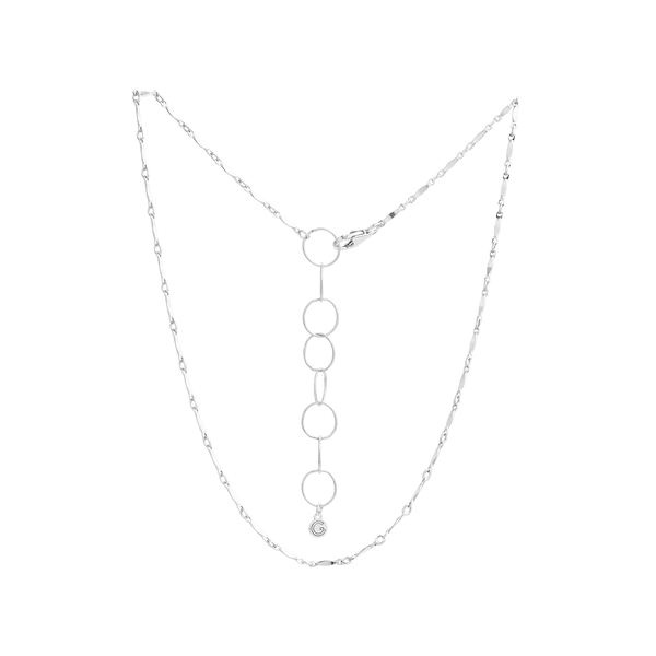 Necklace   silver   links with chainjpeg srgb 1600px for web