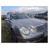 2004 silver Mercedes-Benz E-Class E 320 4MATIC V6,