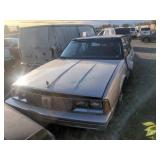 1986 white Oldsmobile Ninety-Eight Regency