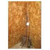 Primitive Shovel & Fork