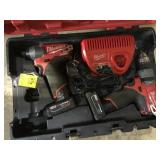 Milwaukee Drill w/batteries/charger in case