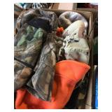 Asst Hunting Caps and Gloves