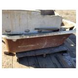 Cast iron porcelain bath tub