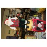 "18"" Hip Swinging Santa"