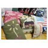 Lot of Accent Pillows