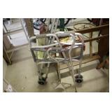Walker,Canes & Crutches