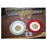 2 State Collector Plates & 2 Glasses