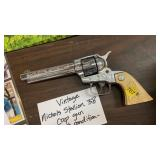 VINTAGE NICHOLS STALLION CAP GUN