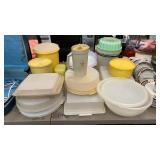 LG LOT OF FOOD CONTAINERS