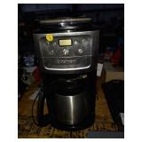 CUISINART BURR GRIND AND BREW COFFEE MAKER