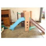 KIDS OUTDOOR SLIDE/PLAY STATION