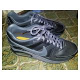 NIKE size 5.5 Airmax in Excellent Condition