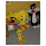 Lot of Looney Toons Vintage Stuff animals