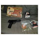 Daisy Semi Auto BB Gun w/ BB