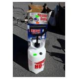 Flo Master HD 2 gallon Sprayer, new unused