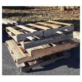6 Pallets, various sizes 3ft x 4ft most mixed,