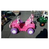 Girls pink jeep, has battery no charger