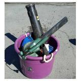 Muck bucket with blower