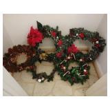 Lot of 5 christmas wreaths