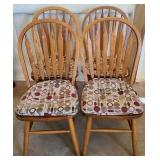 Set of 4 oak wood dining chairs
