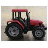 Die cast red Case cx80 tractor