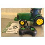 John Deere R/C Tractor