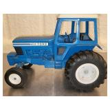 ERTL 7700 Ford Blue Tractor