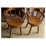 Lot of 2 wood spinning chairs