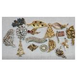 Vintage Lot of Misc Costume Jewelry Brooches