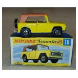 Vintage Matchbox Superfast Feild Car 18 in Box