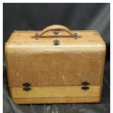 Vintage Crosley broadcast tube radio
